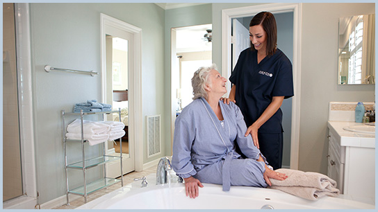 In-Home Senior Care The Woodlands Bathing